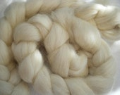 Undyed Massam (Masham) Roving for spinning