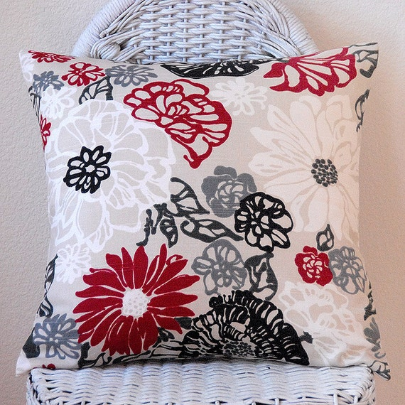 Red Black White on Light Tan Natural Background 18x18 Pillow Cover