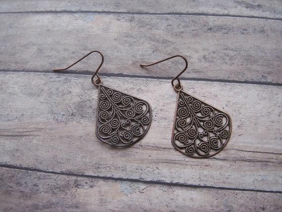 simple copper tab filigree earrings