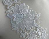 Venice Lace Dimensional Flower Applique in Cream IA 722