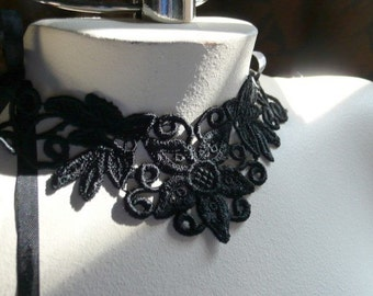 Black Lace Applique Venise Lace for Lace Necklaces, Jewelry or Costume Design SBLA 400