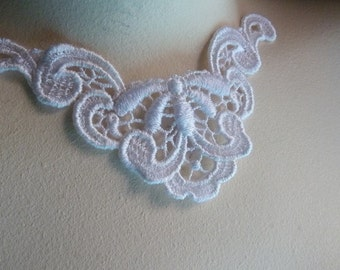 Lace Applique in White for Necklaces, Altered Couture, Costume Design SWA 457