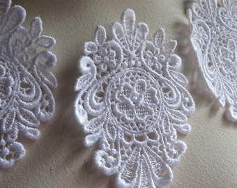 3 Lace Applique Medallions in WHITE  Venise Lace for Bridal, Earrings, Pendants, Headbands, Costume Design