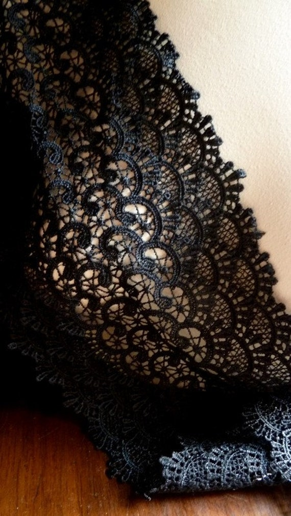 """REMNANT 46"""" Black Venice Lace for Bridal Sashes, Costume or Jewelry Design L 3082"""