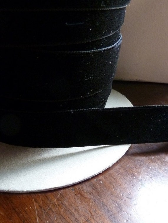 Velvet Ribbon 2 yds in Black made in Switzerland for Scrapbooking, Millinery, Sewing, Altered Art, Couture, Floral Supply VL 110
