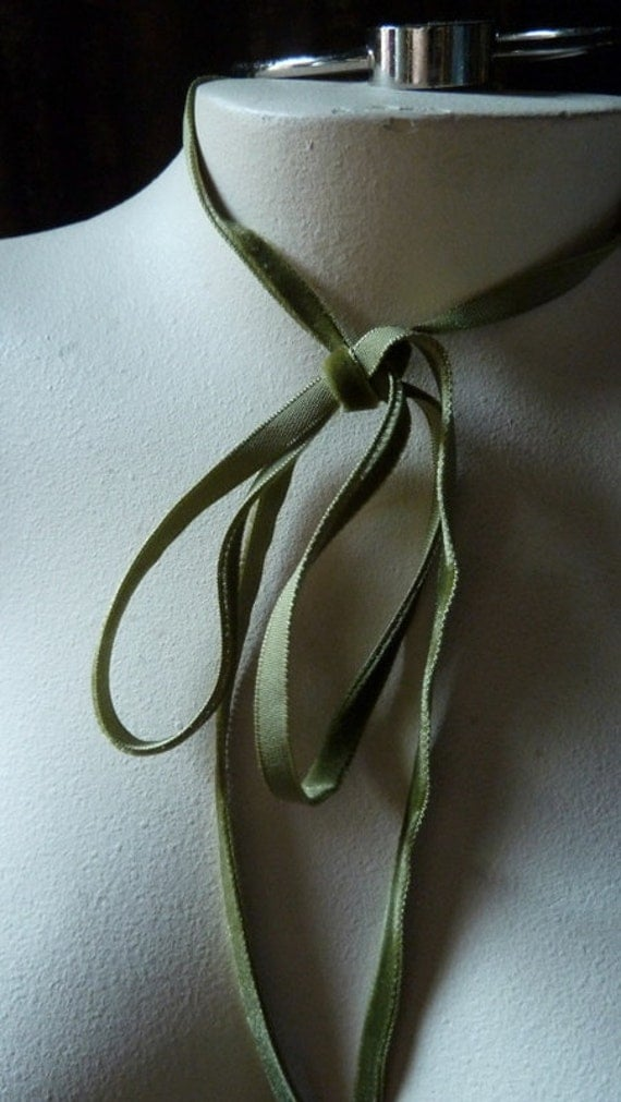 3 yds. Velvet Ribbon VERY Narrow in Mossy Green for Bridal, Floral Design, Millinery, Jewelry or Costume Design VL 155gr