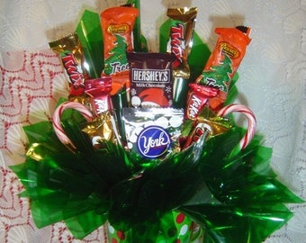 Christmas Candy Table Arrangement, Holiday Candy Arrangement, Christmas Table Centerpiece