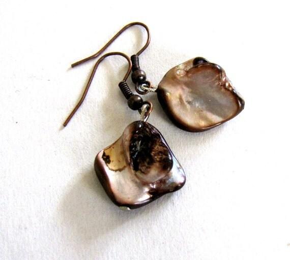Mother of Pearl Earrings,Pearl Earrings ,Mop earrings, Nugget ,Abalone Earrings , black Pearl & Brown pearl,Champagne ,drop earrings