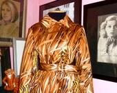 1970s Tom Fallon for Main Street Coat / Vintage Animal Print Coat / Leopard Print Coat / Vtg Leopard Trench / Size Medium