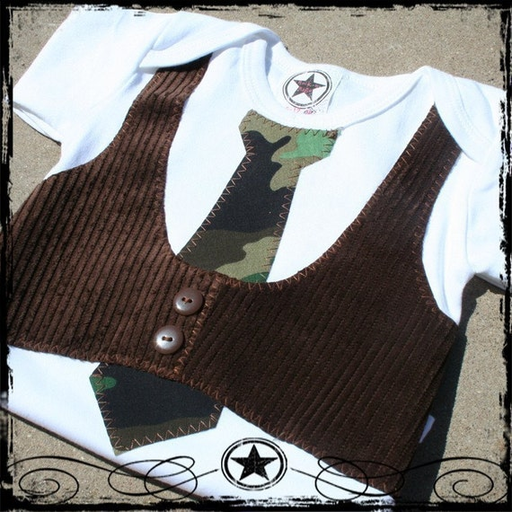0-3M -- White LONG Sleeve Bodysuit -- Brown Corduroy Vest & Camo Tie
