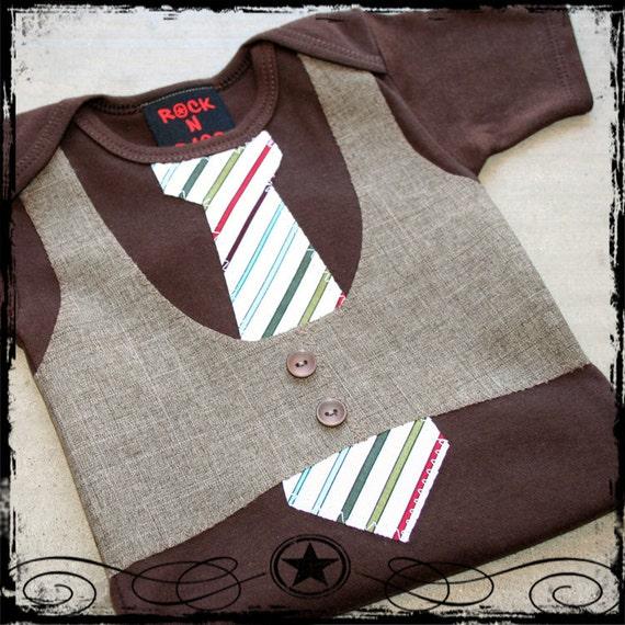 12-18M -- Brown Vest -- White Stripe Tie -- Brown bodysuit
