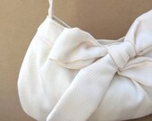 Autumn Sale. Wedding Hand Bag Purse, Creamy Bow Buttercup Bag in Cream. Free Shipping. Women. Spring Wedding Fashion.