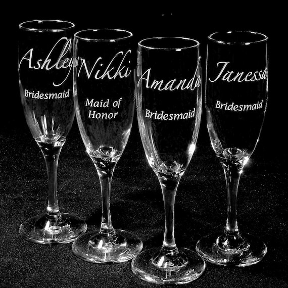 7 Champagne Flutes, Personalized Bridal Party Gifts, Engraved Gifts for Bridesmaids, Wedding Party, Table Settings