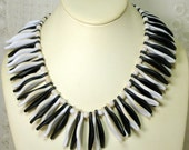 MOD Black and White Spike Collar, Tribal Egyptian Plastic Necklace, Leaf Shaped Spiked Drama 1960s