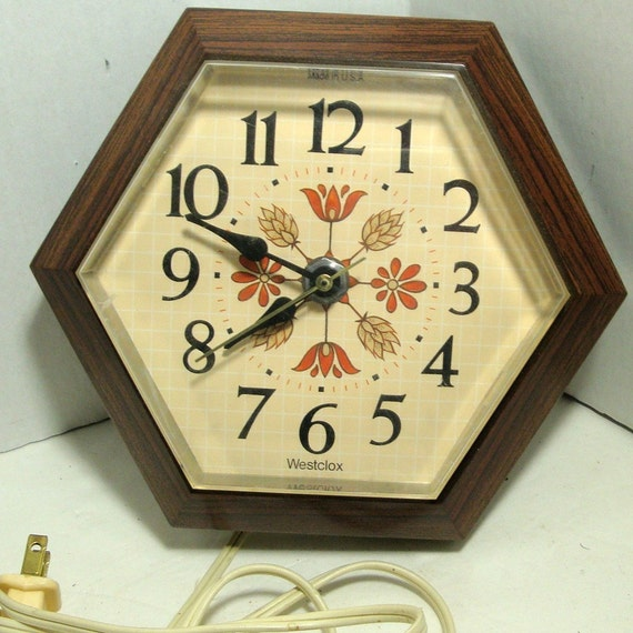 Retro Electric Kitchen Wall Clocks: Vintage Electric Westclox Wall Clock 1970s Brown Tan