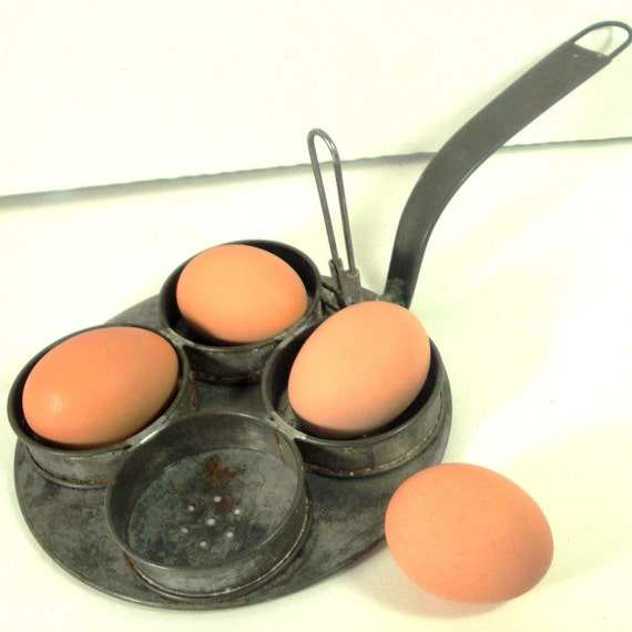 Metal Egg Poacher, 1920s Shabby, Spring Loaded, Antique Metal Unusual, Looks Like Buster Keaton Might Have Used this by The railroad Tracks