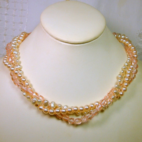 Peach Pearl Necklace: Pretty Peach White Pink Pearl Necklace 3 Soft Color Strands