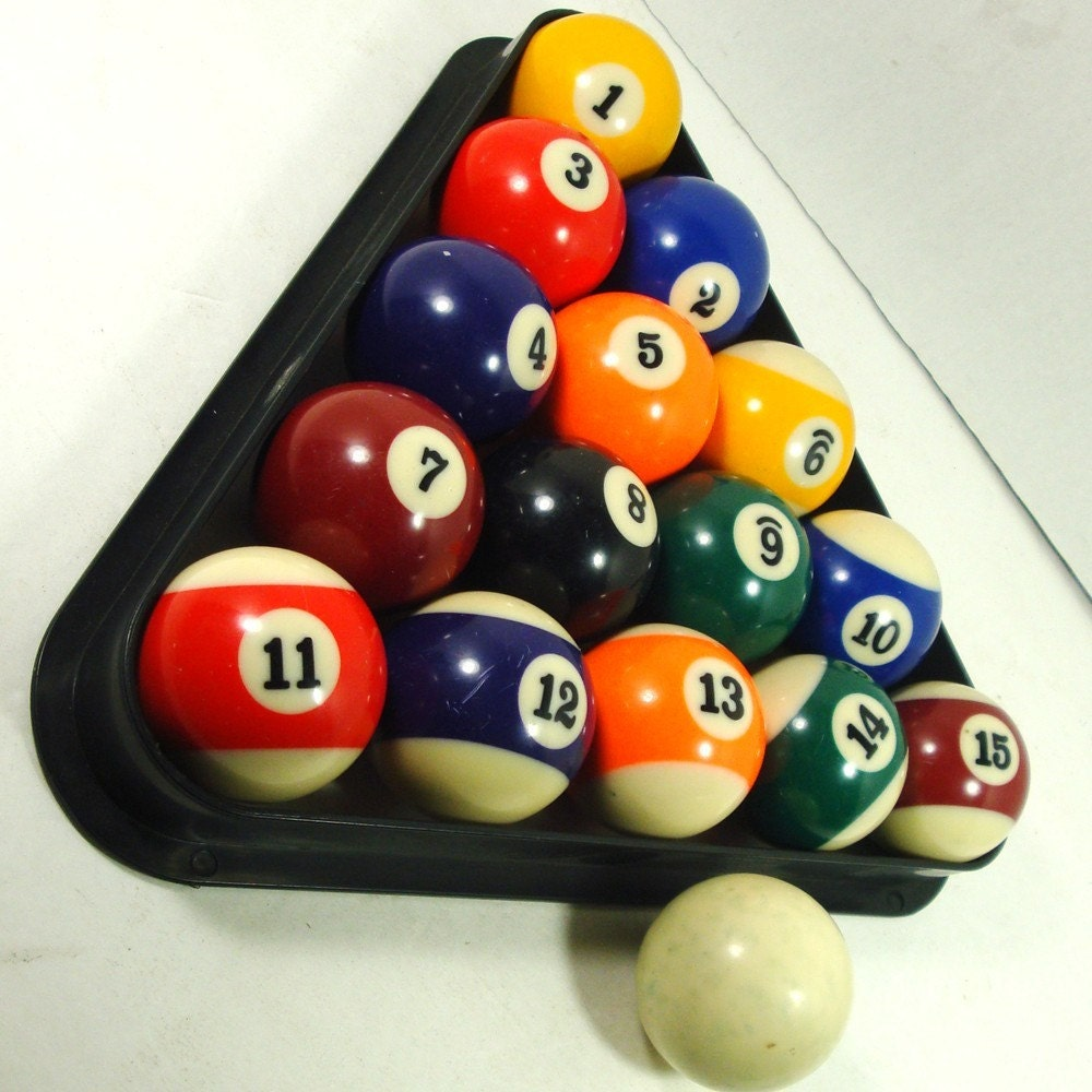 Rack Triangle 8 Ball Pool Billiards Table Pc Standard Size: VINTAGE Pool Balls And Triangle Set Billiards Set Up..1980s