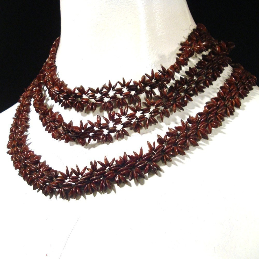 vintage 1960s brown apple seed necklace autumn