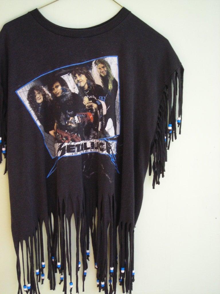 1987 metallica t shirt with beaded fringe. Black Bedroom Furniture Sets. Home Design Ideas