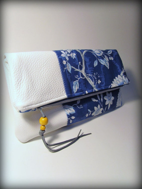 Fold-over Clutch China Blue Bird in Tree motif with White Leather