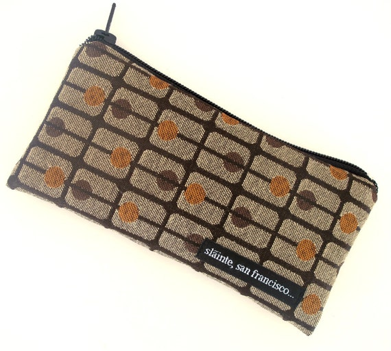 "Coin Purse in graphic ""Brown Volley"" Fabric with Teflon Finish."