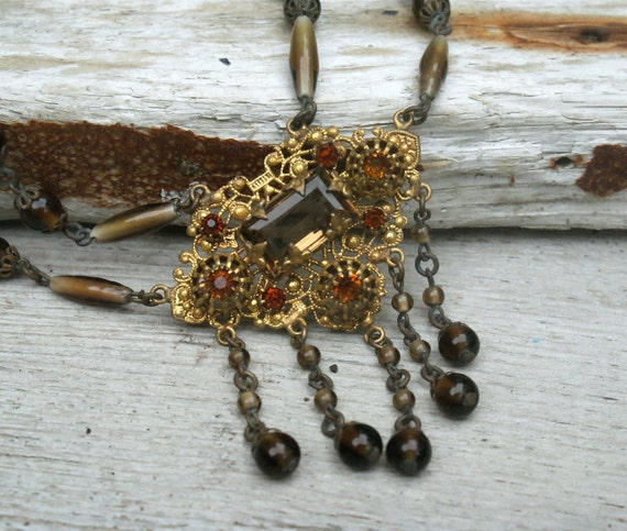 Victorian Glass Necklace Filigree Dangle Drop