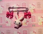 Bunny Kilt pin (brooch)
