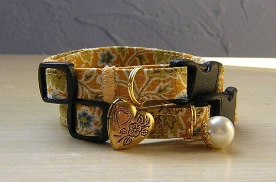 Breakaway Cat Collar, Comfortable and Adjustable, in Forsythia Gold with Bell