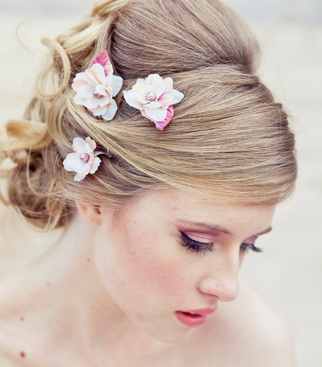 Wedding Flower For Hair: Wedding Hair Accessory Set Of Three Flower Bobby Pins In Ivory