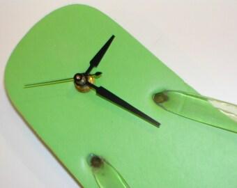 FLIP FLOP CLOCK. . . fun in the sun clock