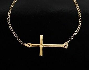 Sideways Cross Necklace in 18kt Gold