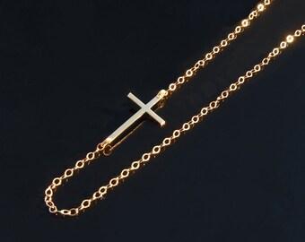 14KT GOLD Kelly Ripa Cross Necklace Set Off Center