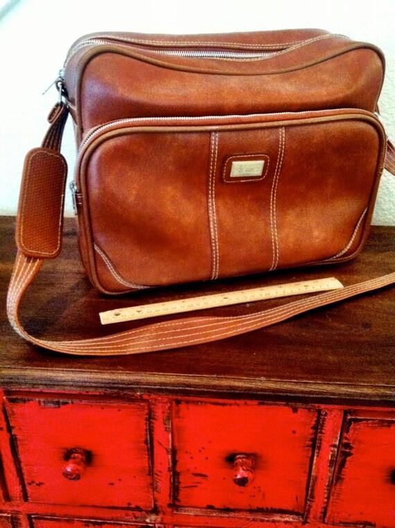1970's brown travel bag/ luggage/ tote bag
