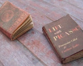 Miniature Books --- Art History