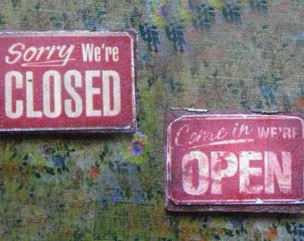 Miniature Sign --- Open/Closed