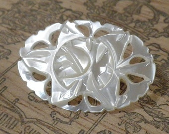 Oval carved MOP Brooch pin - Classic style - Mother of Pearl Shell