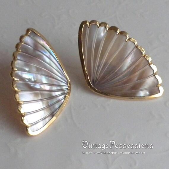 Vintage Shell Fan Earrings - Gold Edge - Pierced Earrings