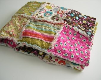 THE SWEET PEA - Rag Quilt Patchwork Blanket - Hedgehog, Paisley, Floral, Girl