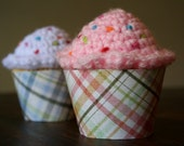 Printable pink and blue plaid cupcake wrappers perfect for baby showers, birthday parties, bridal showers