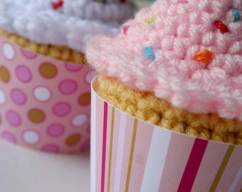 Printable pretty pink dots and stripes cupcake wrappers perfect for birthday parties and baby showers