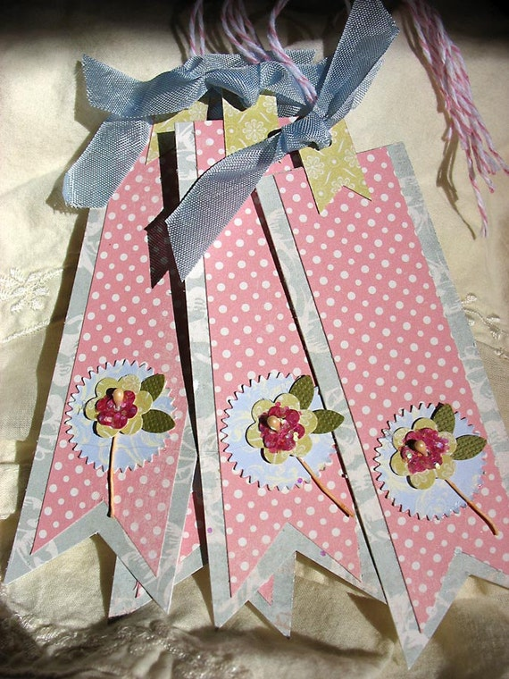 Blue and Pink Banner Gift Tags by Pearliebird on Etsy-hang tags-bookmark-green-pink-blue-flower-sugar cookies-banner