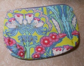 Large Flowers Blooming Cosmetic Bag
