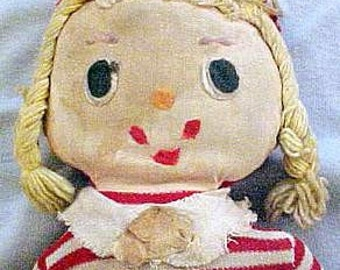 Vintage Uneeda Cloth Doll - Rare and Unusual Orphan - Collectible