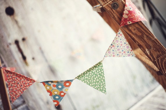 Retro Floral Baby Shower Pennant Banner Bunting