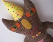 Pete the Heathered Brown Wool Tweed Party Cat in the Yellow Polka Dotted Party Hat
