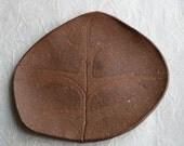 Stoneware Oak Leaf Dish