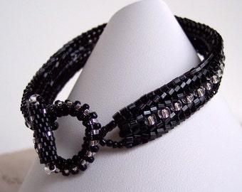 Black and Silver Beadwoven Bracelet