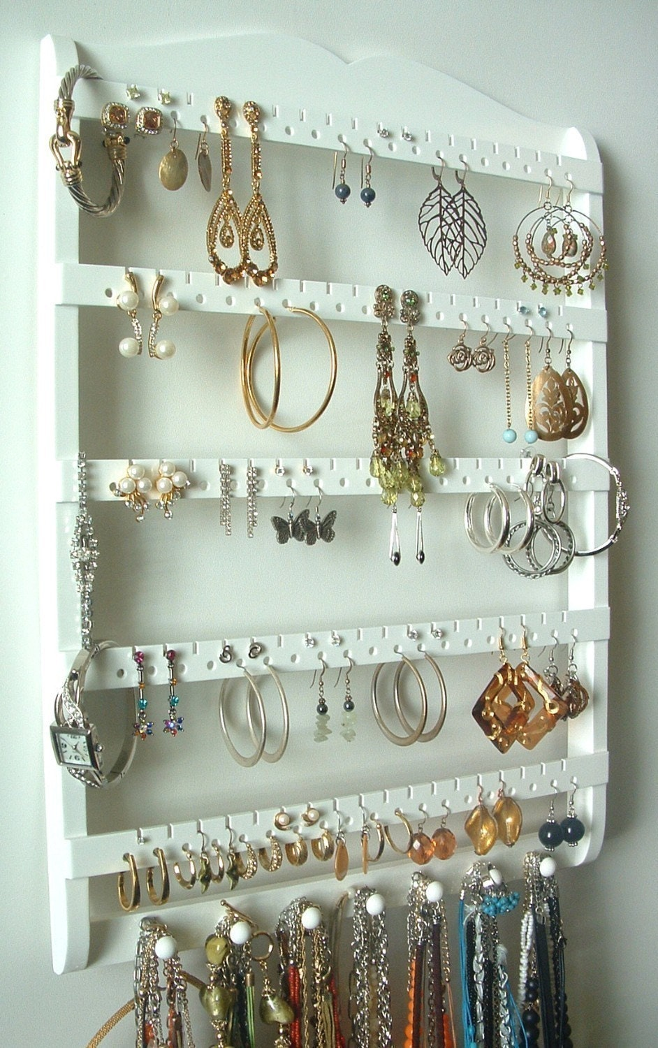 Jewelry display earring holder 7 peg necklace holder 90 for Room decor jewelry holder