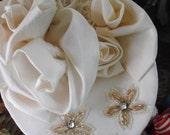 Bridal hat w/ ecru roses